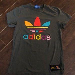 🌸SALE 3/$25🌸 Adidas Pharrell Williams T-shirt